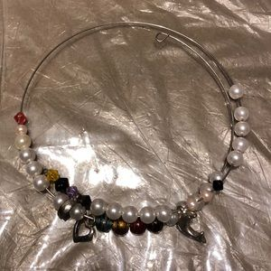 Double-stranded choker necklace